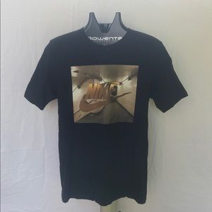 Nike Gold and Black T-shirt